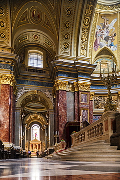 Interior of St. Stephen's Basilica (Szent Istvan-bazilika), Budapest, Hungary, Europe