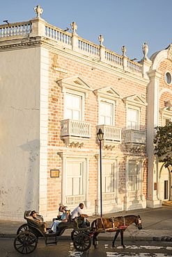 Street scene, Cartagena, Bolivar Department, Colombia, South America