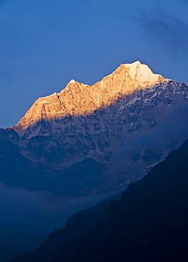 Mount Thamserku, 6608 metres, Solu Khumbu Region, Nepal, Himalayas, Asia