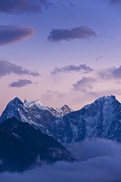 Dudh Kosi Valley, Solu Khumbu (Everest) Region, Nepal, Himalayas, Asia