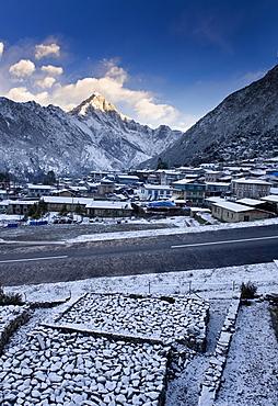 Lukla, 2800 metres, Solu Khumbu (Everest) Region, Nepal, Himalayas, Asia