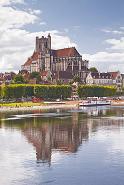 Saint Etienne d'Auxerre cathedral in the city of Auxerre, Burgundy, France, Europe