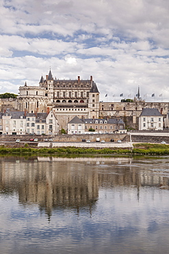 The chateau of Amboise and its town below, Indre et Loire, France, Europe