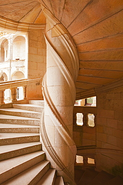 Looking at the inside of the staircase that leads up to the chambers of Francois 1er in the Chateau de Chambord, UNESCO World Heritage Site, Loir-et-Cher, Centre, France, Europe