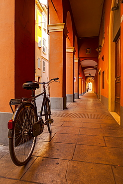 The arcaded streets of Modena, Emilia-Romagna, Italy, Europe