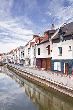 Colourful houses in the Saint Leu district of Amiens, Somme, Picardy, France, Europe