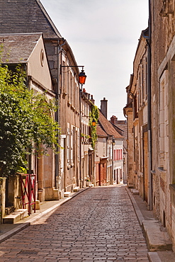 The narrow streets of the winegrowing village of Sancerre, Cher, Centre, France, Europe