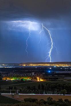 Thunderstorm over the Etang de Berre, Bouches-du-Rh?ne, France