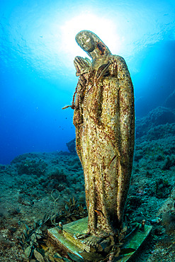 Statue of Virgin Mary, Vervece rock, Marine Protected area Punta Campanella, Massa Lubrense, Penisola Sorrentina, Costa Amalfitana, Italy, Tyrrhenian Sea, Mediterranean
