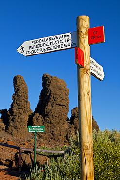 road sign for hikers at the Roque de los Muchachos outdoors National Park Caldera Isla La Palma Santa Cruz Province Canary Islands Spain Europe