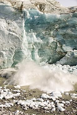 The Russell Glacier draining the Greenland icesheet inland from Kangerlussuaq on Greenlands west coast, Greenland, Polar Regions