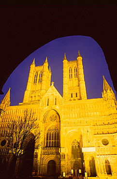 Lincoln Cathedral at night, Lincoln, Lincolnshire, England, United Kingdom, Europe