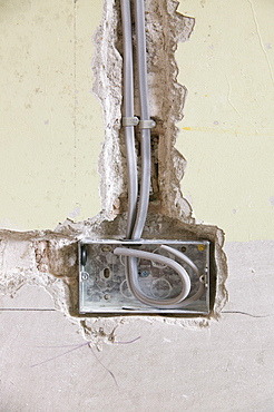 Wiring a plug socket into a house wall, United Kingdom, Europe