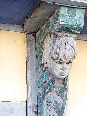 A modern wooden carved sculpture in Bishops Castle, Shropshire, England, United Kingdom, Europe