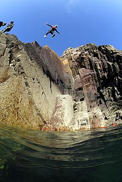 Coasteering, St. Non's Bay, Pembrokeshire, Wales, UK, Europe