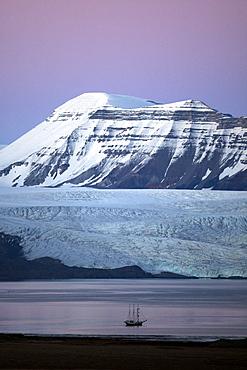 Nordenskioldbreen, Billefjorden,Spitsbergen, Svalbard, Norway, Scandinavia, Europe
