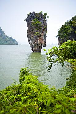 Khao Phing Kan (James Bond Island), Ao Phang-Nga National Marine Park, Phuket Island, Phuket, Thailand, Southeast Asia, Asia